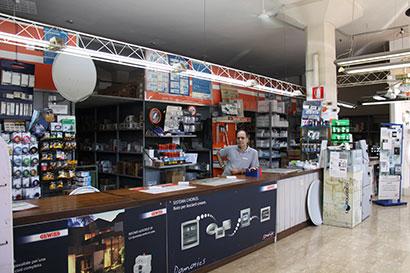 Vista interna del negozio Russo Renato & C. s.a.s.